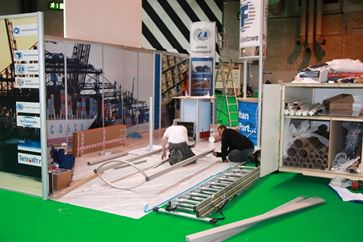 Multimodal Exhibition Stand for Hutchinson Ports (UK)  image 13